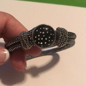 Jewelry - Silver polka dot rope snap bracelet with snap.